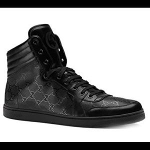 Gucci Impreme high top black on black(like new)